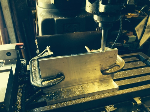Reducing the width of the aluminium plate to 140mm, so it will fit into my milling vice