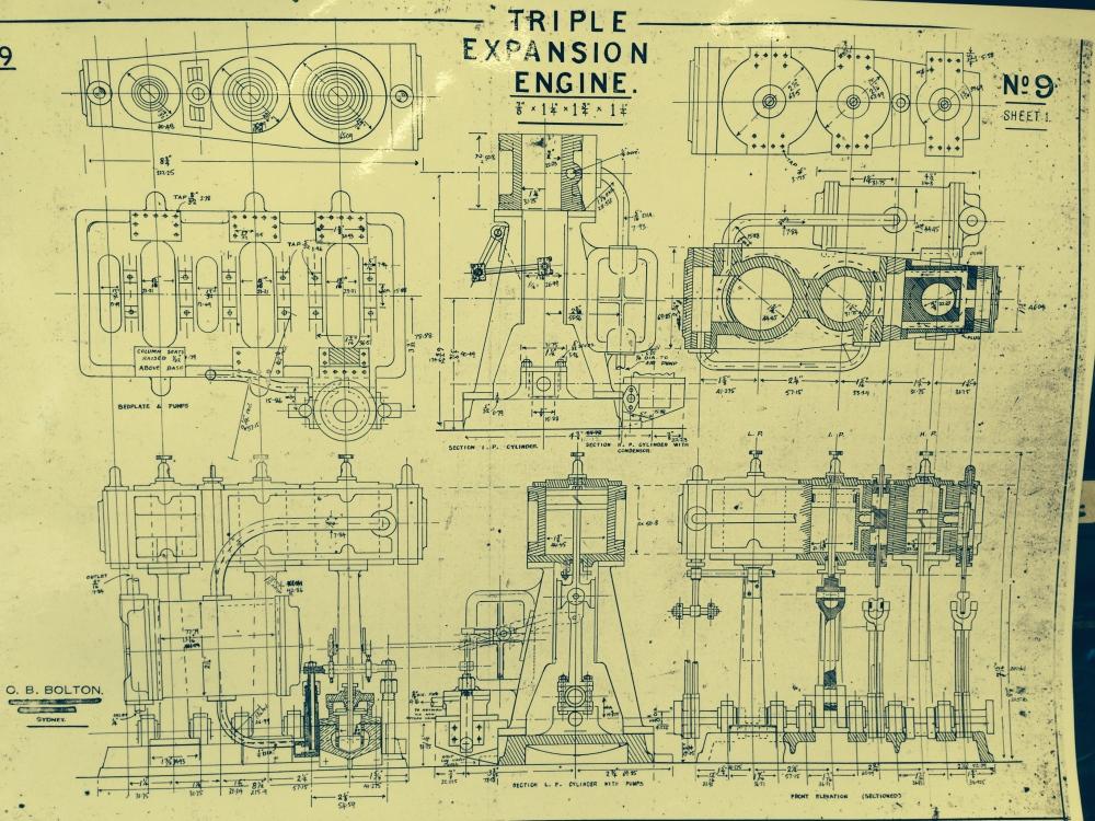 TRIPLE EXPANSION MARINE STEAM ENGINE 3 (1/5)