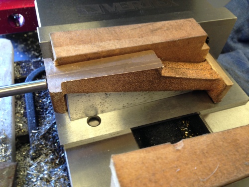 A column on the wedges in the milling vice, rea
