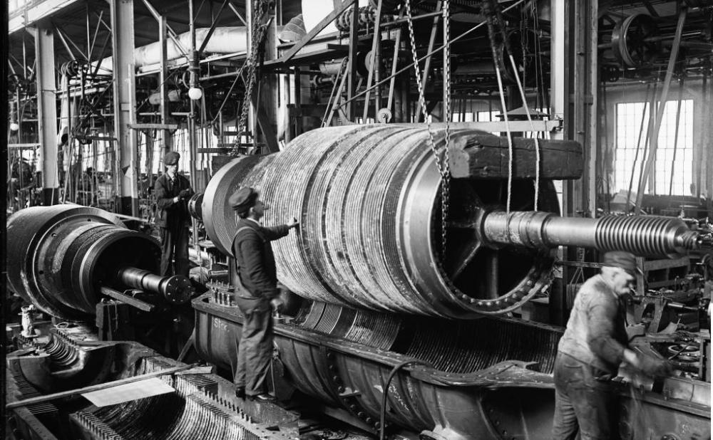 MAKING STEAM ENGINES, CIRCA 1905 (5/6)