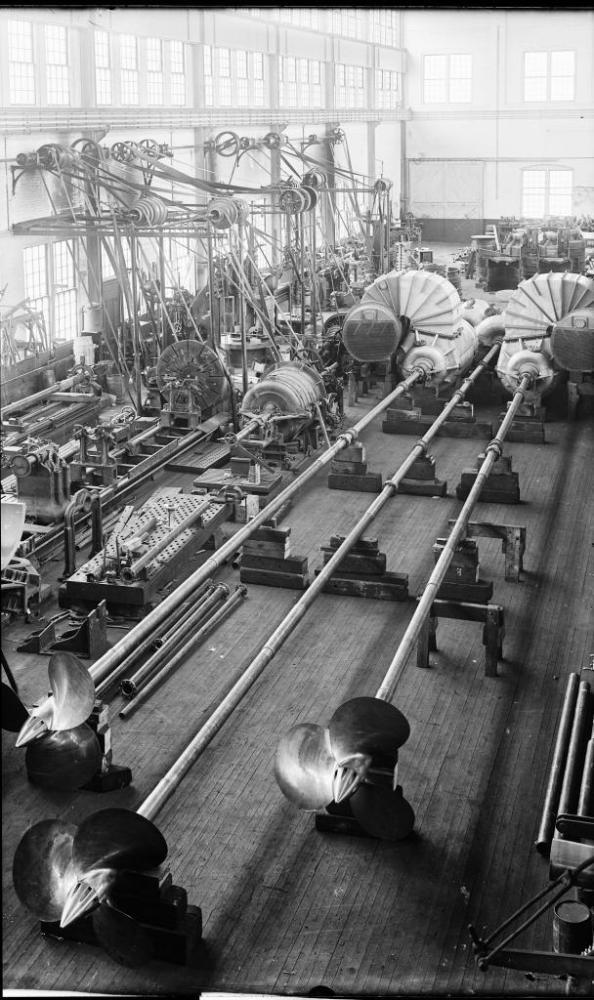 MAKING STEAM ENGINES, CIRCA 1905 (4/6)