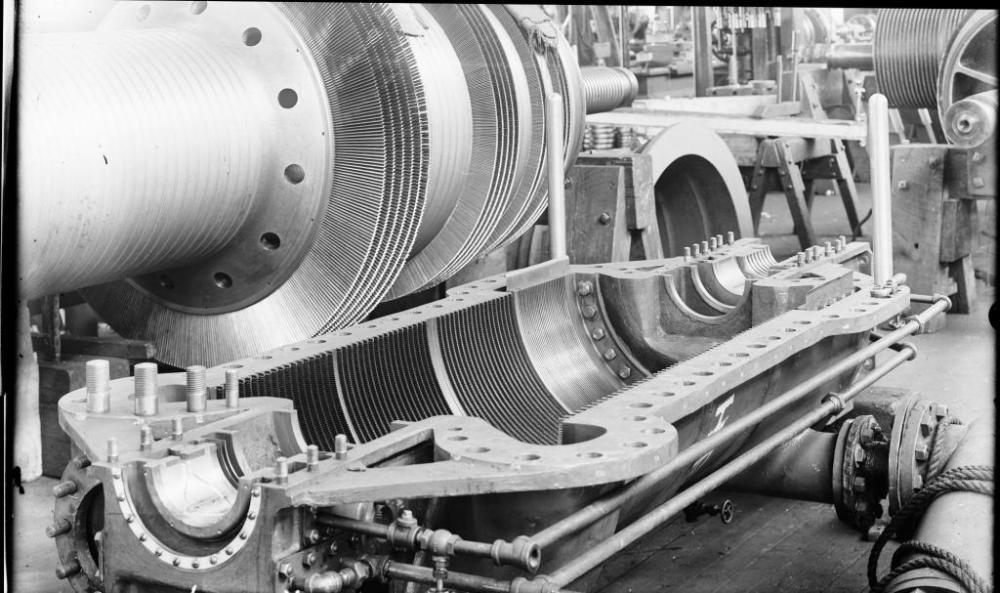 MAKING STEAM ENGINES, CIRCA 1905 (1/6)