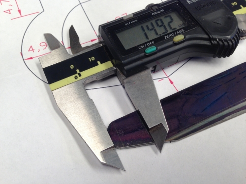 Marking the shape of the form tool cutter