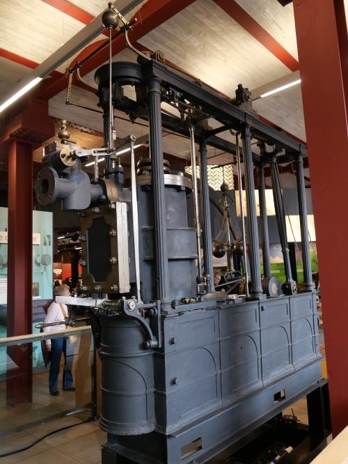Beam engine cylinder end